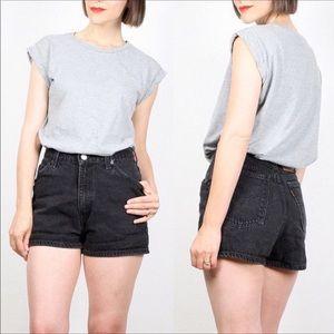 Levi Vintage Slim fit High Waisted Shorts Size 9